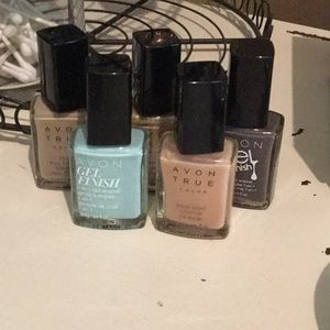 💕 5 AVON Nail Polishes 💕